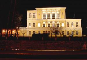 1280px-Žofín_night